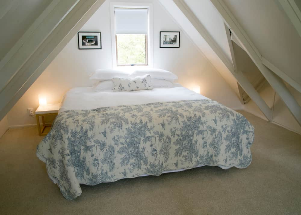 Quince Cottage-Loft Room.