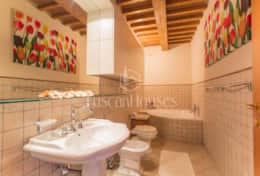 Holidays in Lucca - BELLAVISTA 8+1-Tuscanhouses- (33)