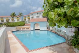 Bahamas-Vacation-Rental-Pool 3