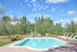 Accommodation-in-Tuscany-Pisa-Villa-Ai-Cipressi (4)