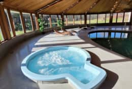 Hot tub and Pool, overlooking the pond