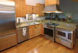 always kiss the cook! fully equipped kitchen