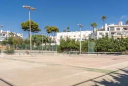 Tennis court Cala Capitan