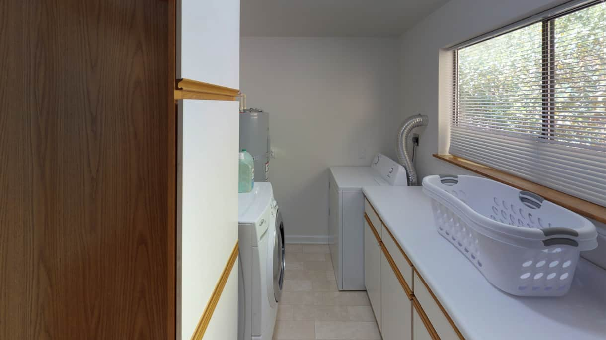 The Lakeview Retreat Laundry Room - Leavenworth, WA