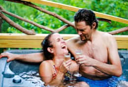 Hot tub laughs at treehouse cabins