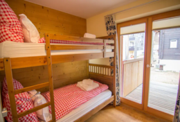 Chalet Greta Family Chalet Saas-Fee Bunk Bed Room