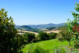Great views over the surrounding hills at Umbrian Villa