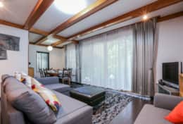 Living space  Gotanda House| Tokyo Family Stays |Spacious | Family Friendly