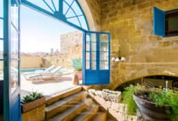 Lovely Gozo house with private pool