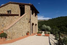 Villa Castel Rigone, private villa with pool between Magione and Castel Rigone in Umbria