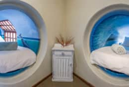 Dolphin-Sunrise-Cottage-Tunnel-Beds