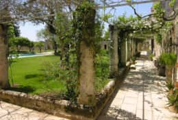 Casino Pisanelli - avenue around the garden - Ruffano - Salento