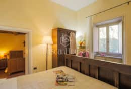 VILLA DE FIORI-Tuscanhouses-Villa with pool close to Florence-Holiday rental (55)