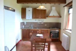 The extra cottage at Villa Badia, kitchen