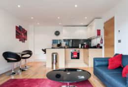Kitchen/lounge, Camstay Riverside, Cambridge