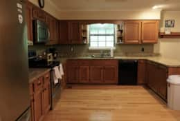 Spacious kitchen w/ nice counters & appliances