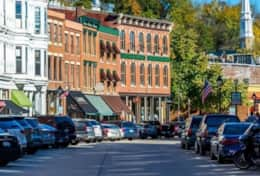 Downtown Shopping/Art Galleries, Boating, Galena IL Area Attractions