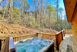 Hot tub with forest view, possibility to see wild live
