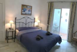 Double bedroom with Andalucian Patio