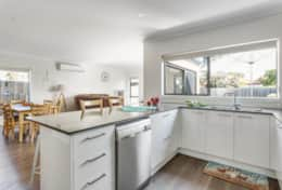 Plenty of kitchen bench space - Once Upon A Tide - Good House Holiday Rentals