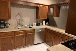 All Appliances, cookware, tableware supplied, with dishwasher, farm-style sink and coffee maker
