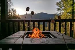 Waynesville Smokies Overlook Lodge Cabin - Sunset and Firepit