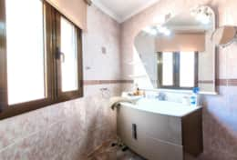 Bedroom 2 Bathroom 1