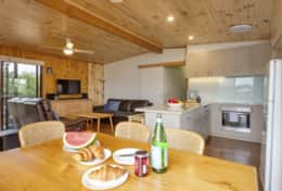Doesntmatta - Open Plan Kitchen +Loungeroom - Good House Holiday Rentals