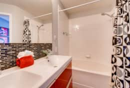 2367 Silver Palm Kissimmee FL-print-020-20-2nd Floor Master Bathroom-3600x2403-300dpi