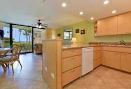 Visit-Maui-Beach-vacation-Papakea-Resort-oceanfront-kitchen--B110