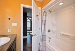 Upstairs full bathroom tub/shower combo