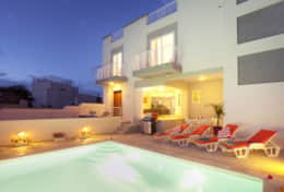 Villa SunnySide with Private Pool in Malta
