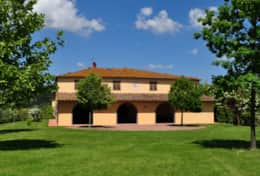 Vacation Rentals in Tuscany Pisa Casale Selvola