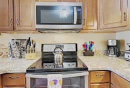 Fully equipped kitchen - stainless steel appliances, Burr Coffee grinder