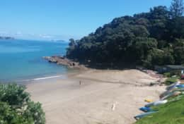 Sandy Bay - 4 min walk