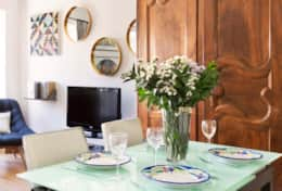 11-campo-de-fiori-dining-table
