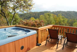 moonshine cabin hot tub under the starss