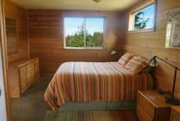 Inviiting Bedroom Overlooks Lupine Pond