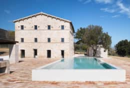 Luxury villa for rent in Le Marche Italy