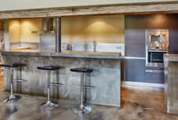 Kitchen/bar