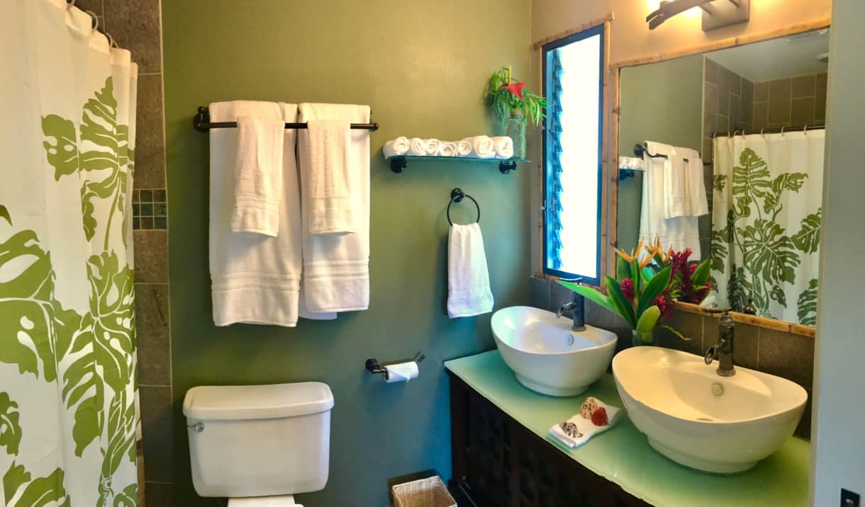 Master ensuite at the Hale Makamaka.
