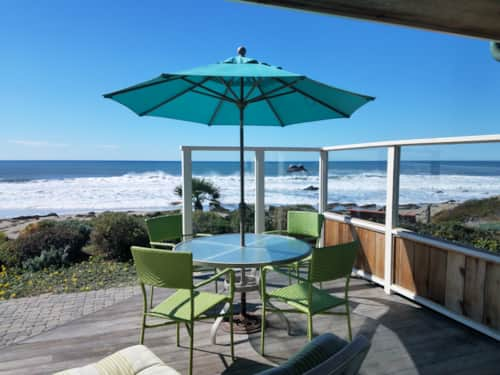 Large Beachfront Home With Spectacular Views