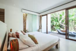 villa maz King Bedroom