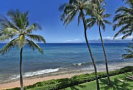 Visit-Maui-Beach-vacation-Mahana-oceanfront-view-414.jpg