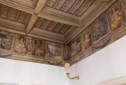 22-costaguti-living-room-fresco