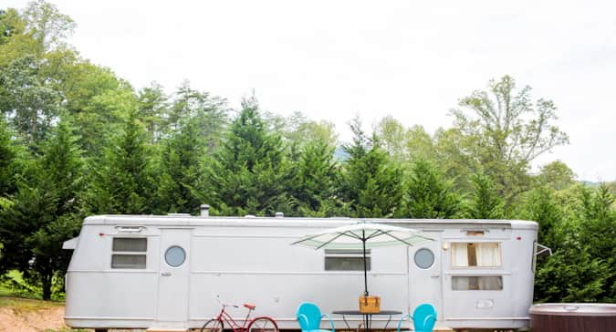 The Silver Bettie Sleeps 4 Camping In Asheville