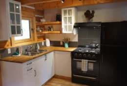 Fully equipped kitchen to make your mountain meals