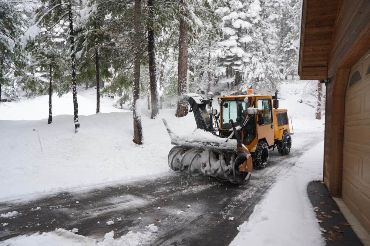 Easy to navigate driveway & frequently plowed in winter