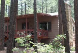 Nothwoods Cabins 10  2bd-1bth 800sf