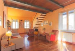 Holiday-rentals-historical center-LuccaLa Fratta (10)
